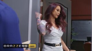 Big Tits at Work – (Monique Alexander, Bambino) – How Bad Do You Want It – Brazzers